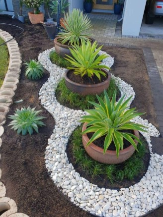 Brilliant Rock Garden Landscaping Ideas For Front Yard 14
