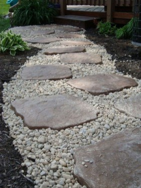 Brilliant Rock Garden Landscaping Ideas For Front Yard 25
