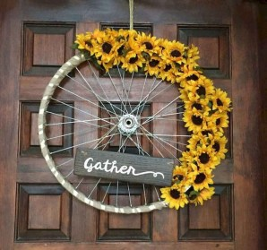 Beautiful Summer Wreath Design Ideas To Try Asap 29