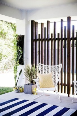 Charming Privacy Fence Ideas For Gardens 48