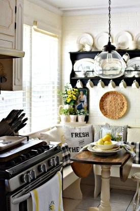 Cool Colorful Kitchen Decor Ideas For Summer 16