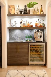 Elegant Mini Bar Design Ideas That You Can Try On Home 32