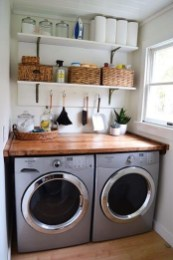 Fascinating Small Laundry Room Design Ideas 57