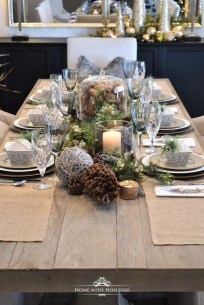 Hottest Christmas Table Decorating Ideas For You 38