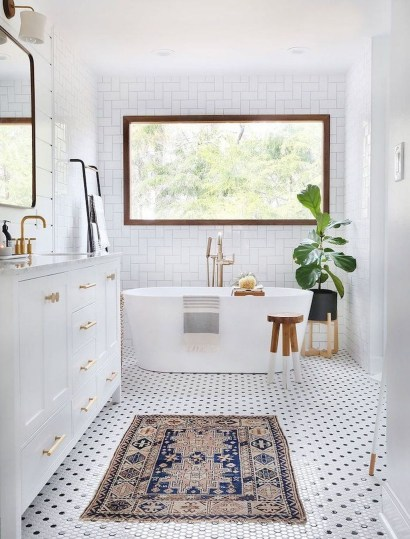 Incredible Bathroom Design Ideas For Summer 50