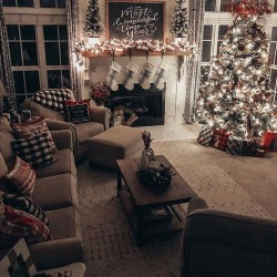 Newest Christmas Decorating Ideas That Will Spark Your Creativity 05