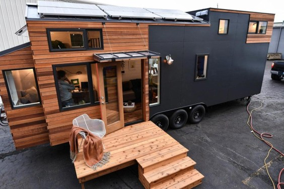 Elegant Minimalist Design Ideas For Tiny Home Decor 04