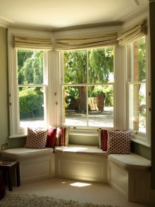 Relaxing Bay Window Design Ideas That Makes You Enjoy The View 39