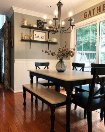Relaxing Farmhouse Dining Room Design Ideas To Try 24