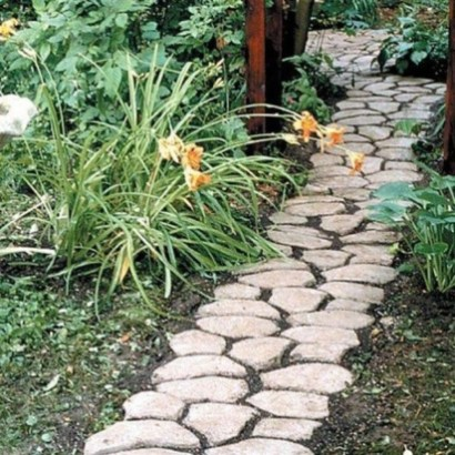 Unordinary Diy Pavement Molds Ideas For Garden Pathway To Try 16