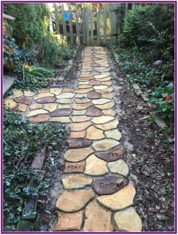Unordinary Diy Pavement Molds Ideas For Garden Pathway To Try 32