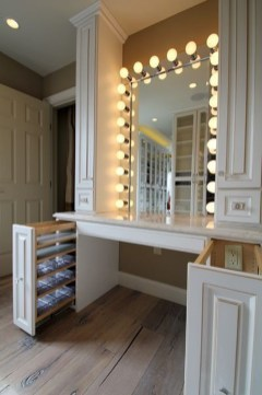 Attractive Dressing Room Design Ideas For Inspiration 18