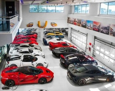 Graceful Car Garage Design Ideas For Your Home 21