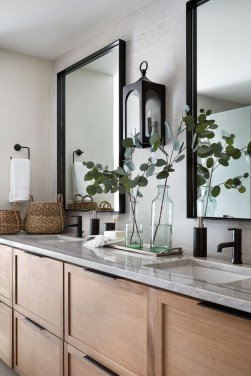 Newest Bathroom Mirror Decor Ideas To Try 30