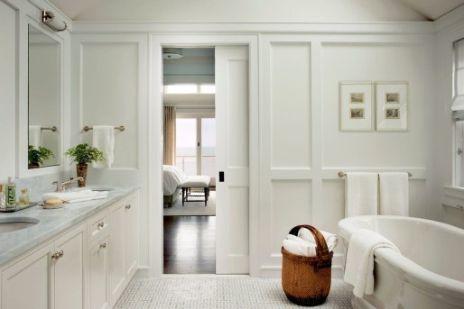 Smart Cape Cod Bathroom Design Ideas For You 25