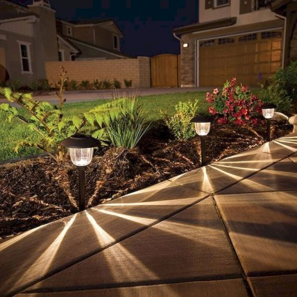 Stunning Solar Garden Decoration Ideas To Try 42