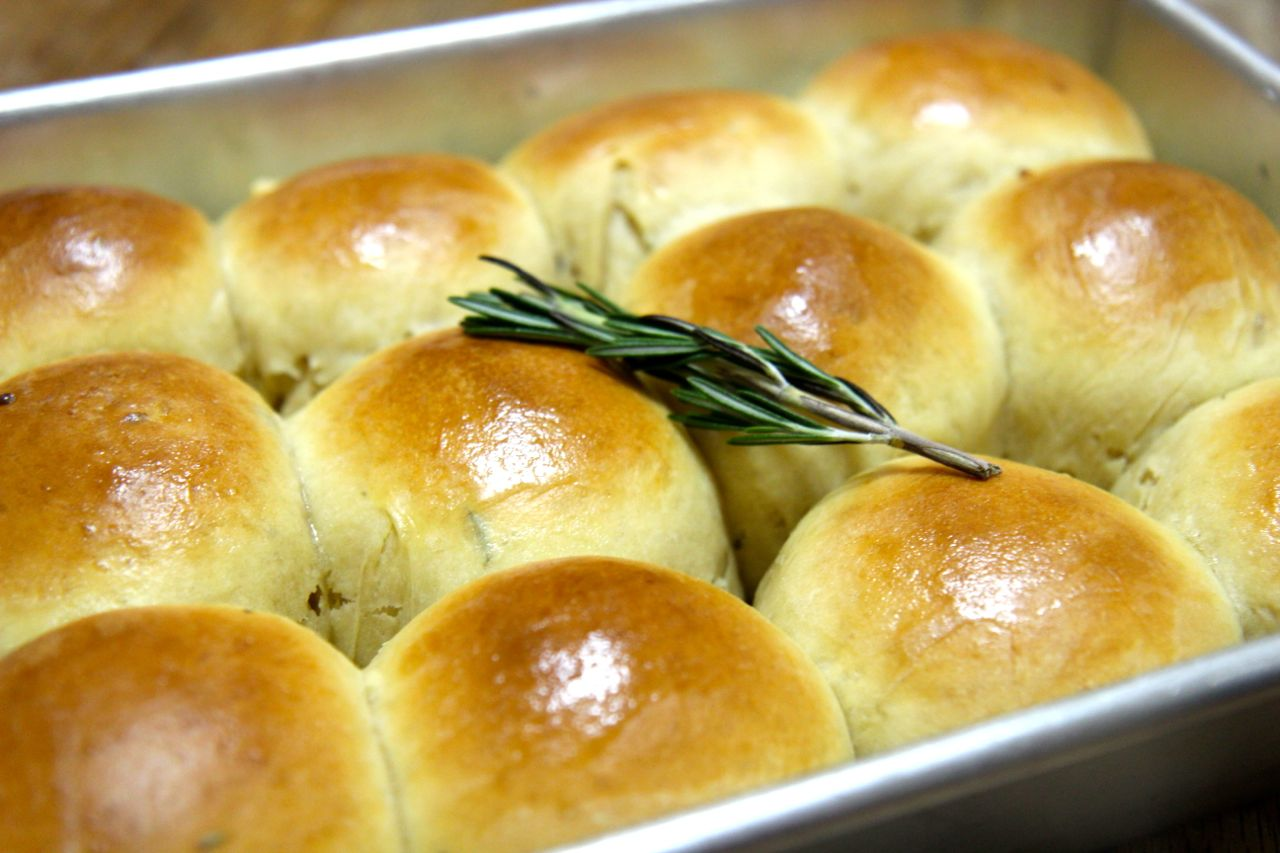 Rosemary and Garlic Rolls | Cooked by Julie
