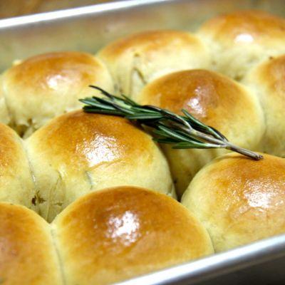 Rosemary and Garlic Rolls