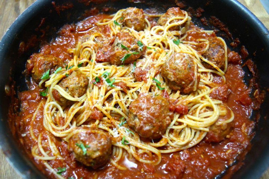 Spicy Spaghetti and Meatballs
