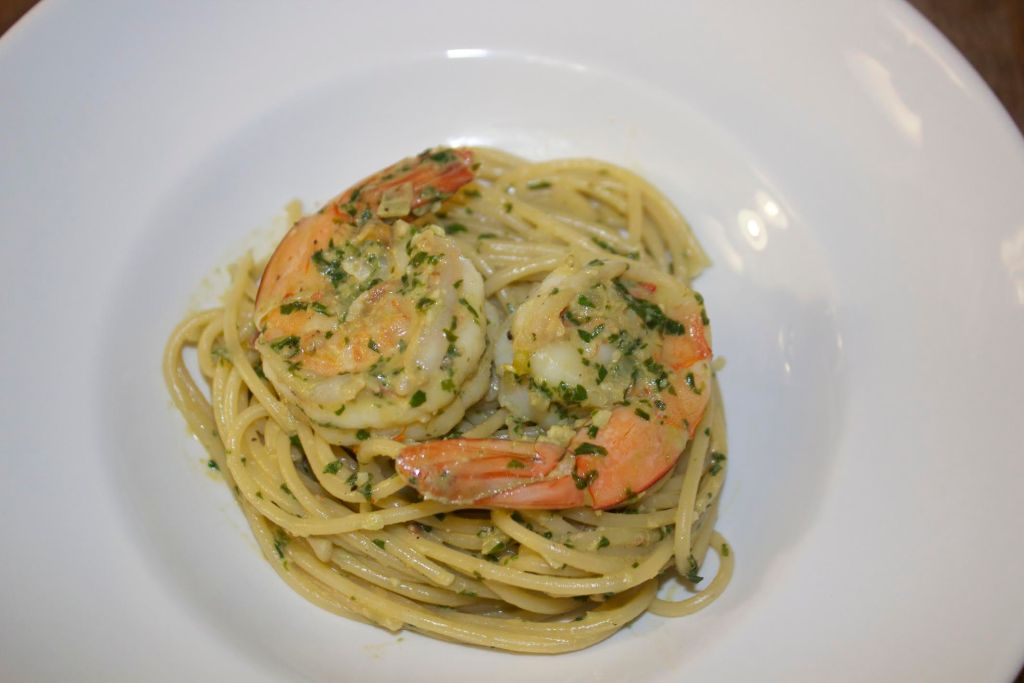 Pesto Shrimp Spaghetti
