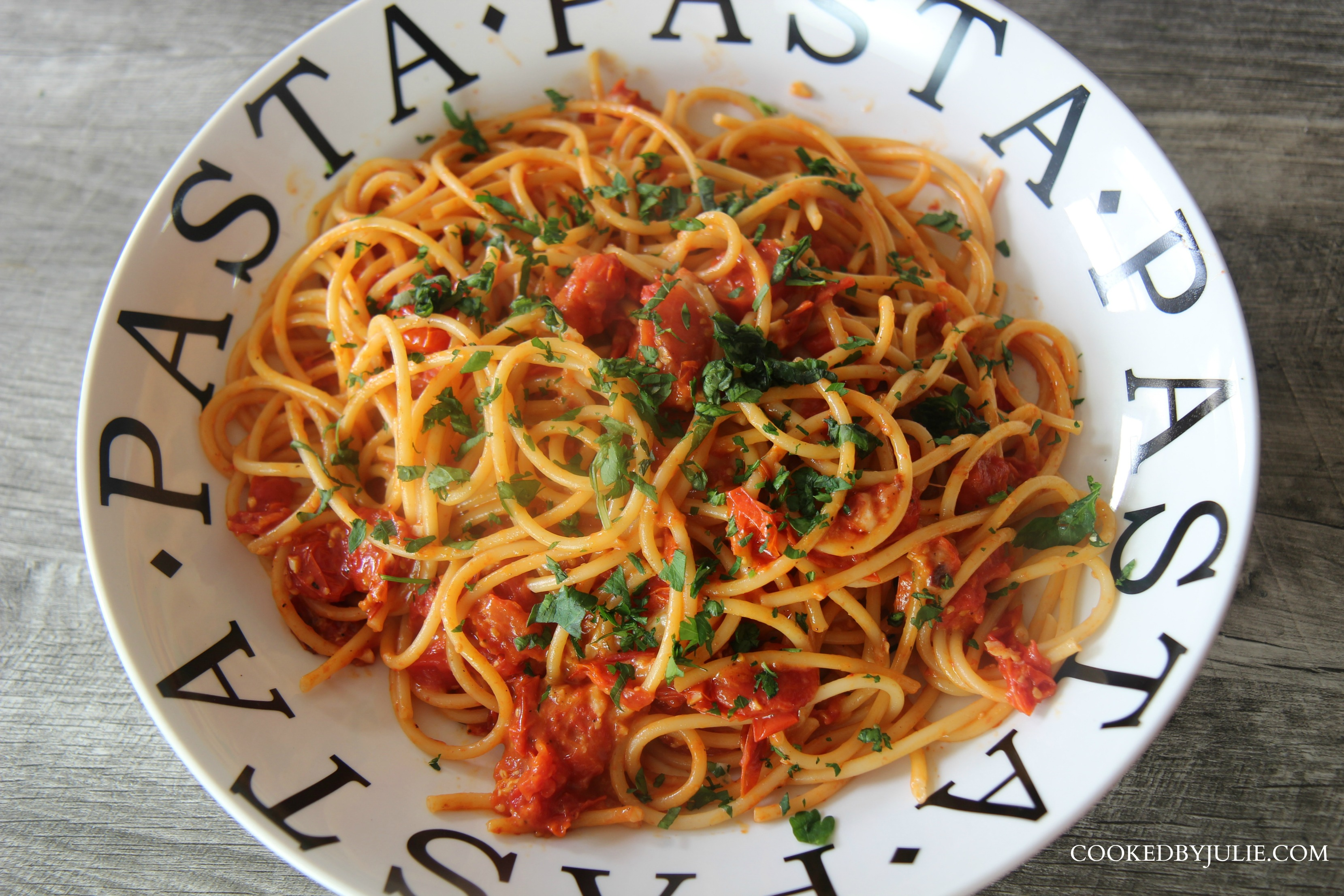 This roasted tomato bucatini is such a refreshing pasta dish with cheese and fresh roasted tomatoes