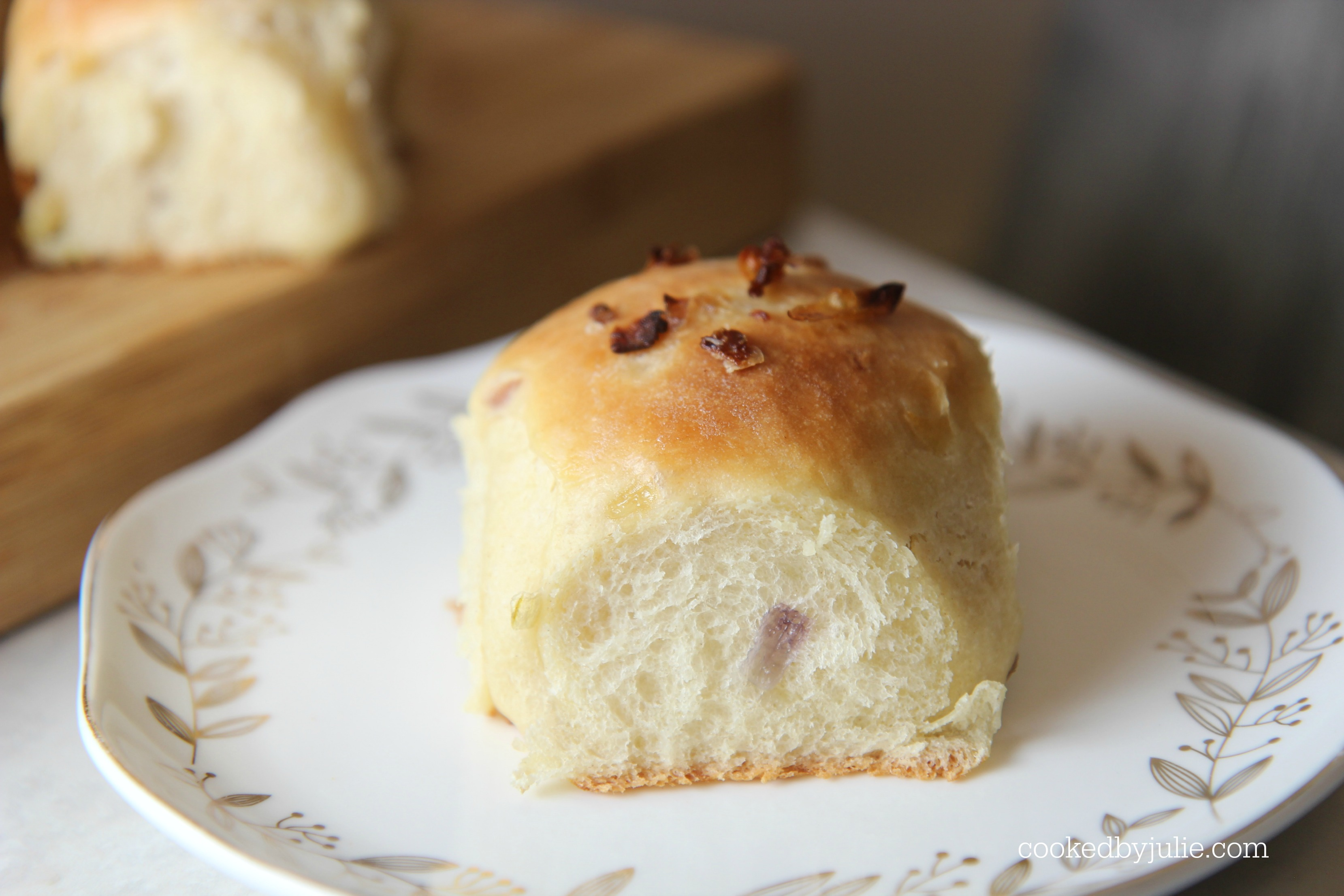 Soft baked onion dinner rolls make the perfect side for a yummy dinner.
