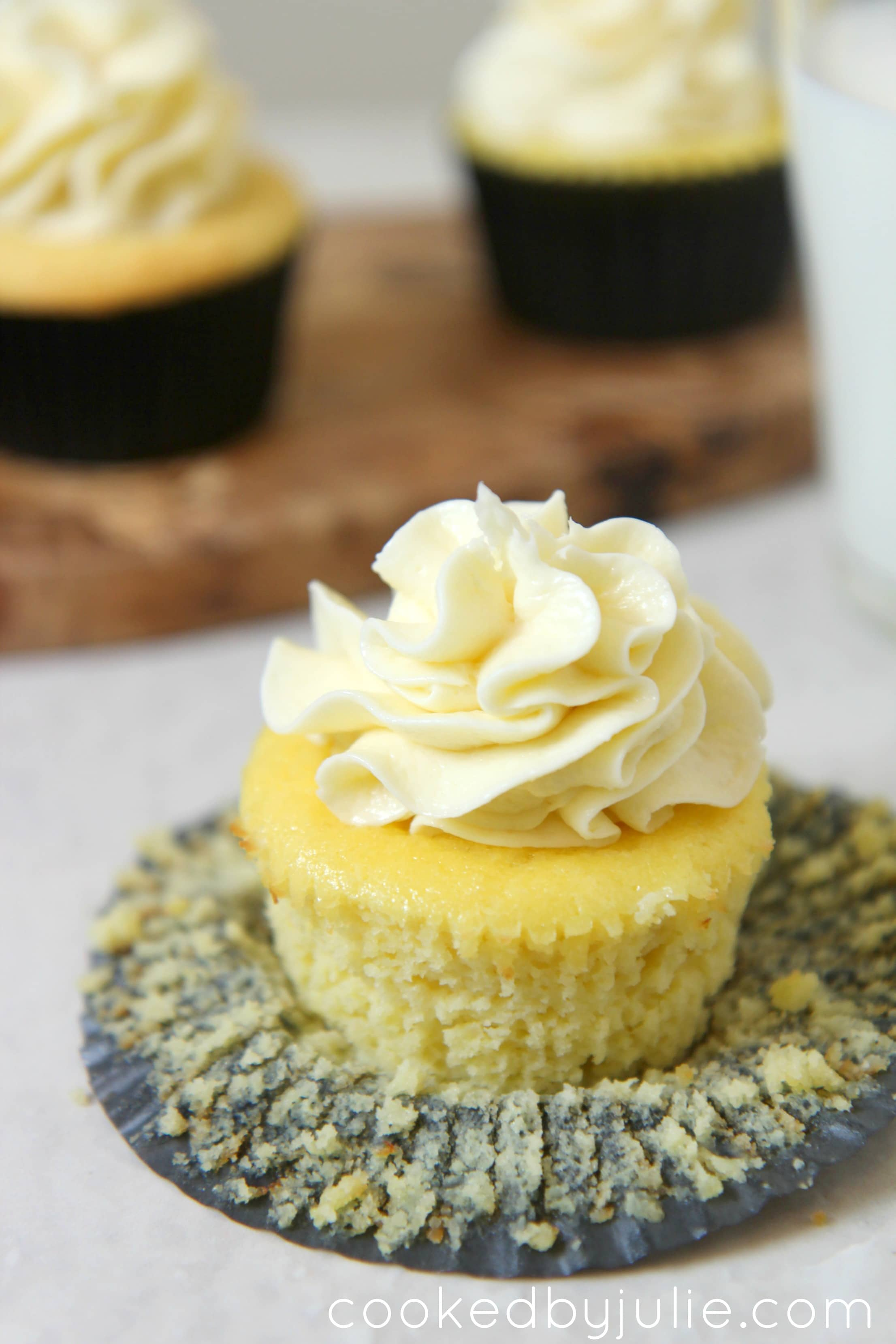 low carb vanilla cupcakes that are a healthy option to dessert