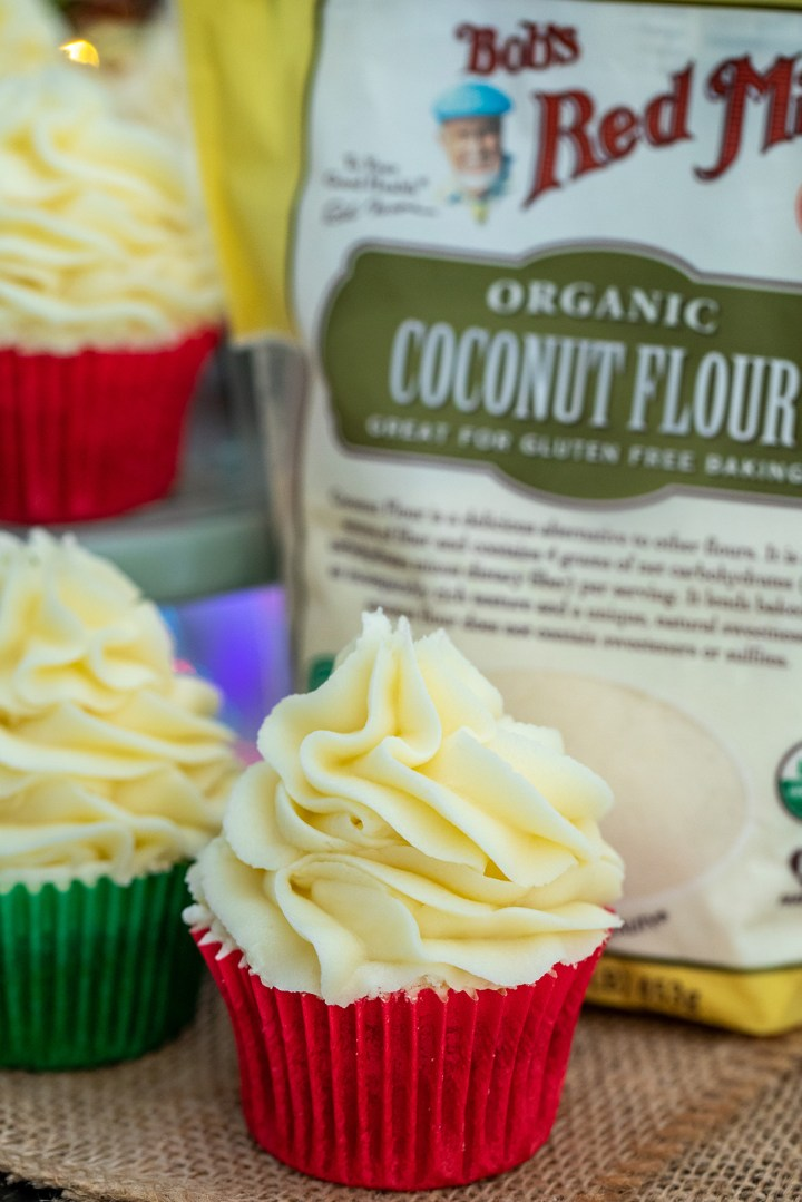 gingerbread cupcake and coconut flour bag