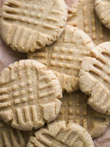 baked soft peanut butter cookies up close.