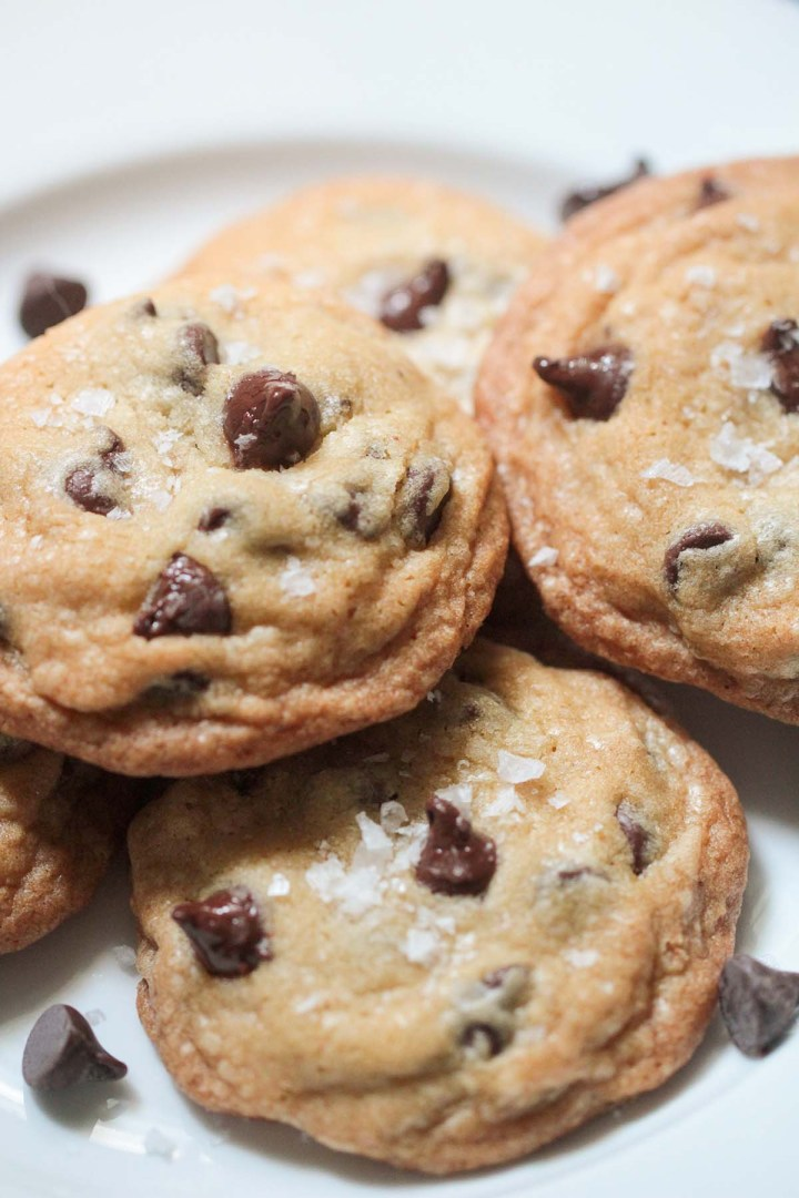baked brown butter chocolate chip cookies up close.