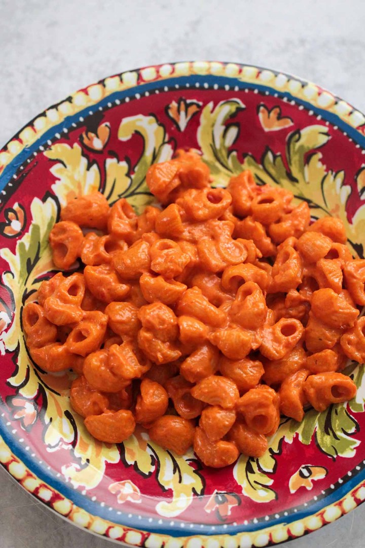 carbone spicy rigatoni on a plate.