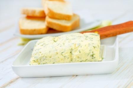 Making garlic butter