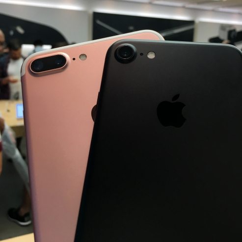 iphone-7-plus-real-review-1st-best-blogger-thai-japan-apple-store-ginza-dual-camera-jet-black