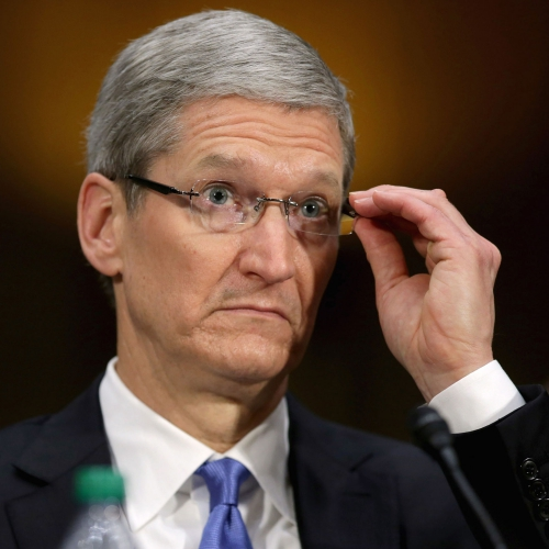 tim-cook-apple-ceo-serious-shocked-iphone-x-failed-sale-cut-price-usa-thai-missed-target2018