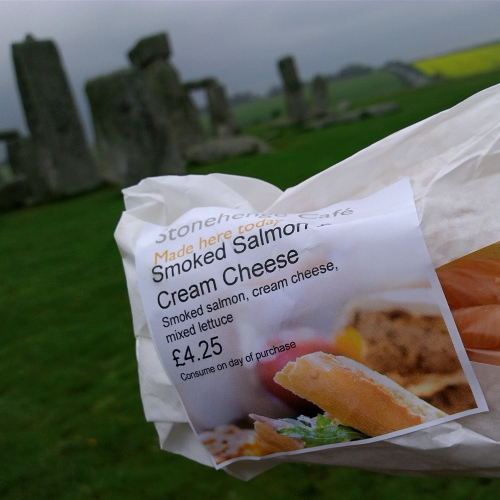 stonehenge-review-uk-maps-megalith-ancient-alien-tech-baguette-sandwich-salmon-smoke