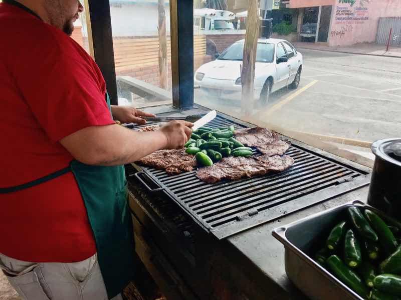 Tacos El Yaqui 2   Cooking-Outdoors.com   Gary House