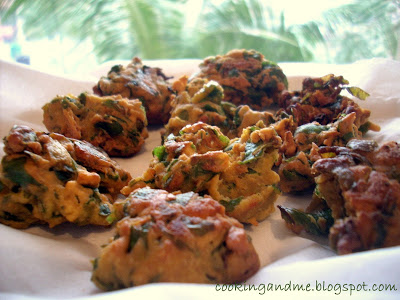 PALAK PAKODAS RECIPE | HOW TO MAKE PALAK PAKODAS