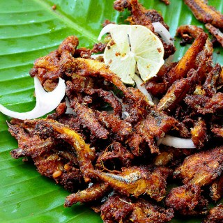 Nethili Meen Fry – Fried Anchovies Recipe Kerala-Style