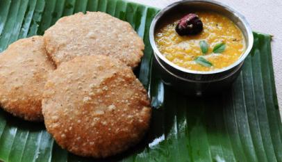 Corn Poori Recipe - Puri with Corn Flour - Easy Indian