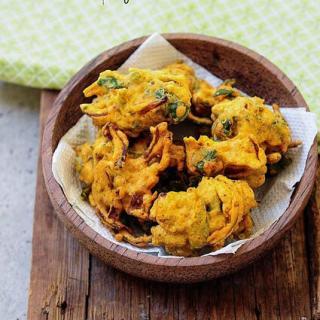 Methi pakoda recipe, how to make methi pakoda