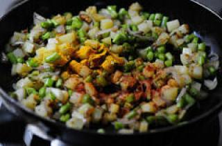 Beans Aloo Sabji - Potato Beans Stir-Fry (Curry) Recipe