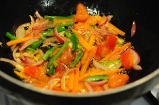 pad thai-vegetarian pad thai noodles recipe-4