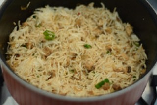 how to make indian mushroom fried rice recipe-7