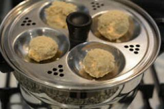 uppu kozhukattai-ulundu kozhukattai-ganesh chaturthi recipe-3