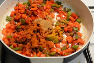 chana capsicum curry recipe-4