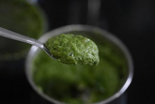 how to make walnut basil pesto recipe-6