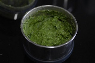how to make walnut basil pesto recipe-8