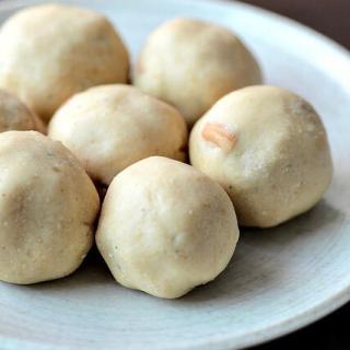 Maa ladoo, maladu, easy ladoo recipe for Diwali step by step