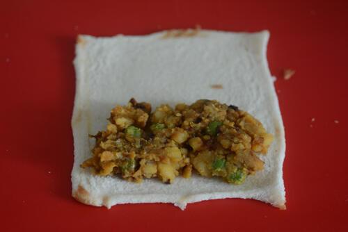 bread potato rolls recipe, bread rolls with spicy potato filling