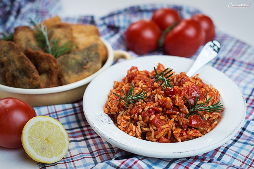 Tomatenreis mit Fischschnitzerl